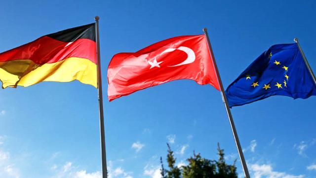 AB ve Almanya'dan art arda Türkiye'yle gerilimi tırmandıracak tehditler